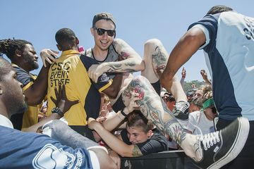 Hardcore Fans Rock Out One Last Time At The Vans Warped Tour