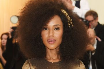 Kerry Washington Just Showed Up To The Met Gala Looking Like A Golden Goddess