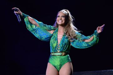 Get Ready to Shake It, Because Jennifer Lopez Is Receiving the VMA Video Vanguard Award