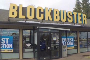 The last Blockbuster on Earth is brewing up something special (4 Photos)