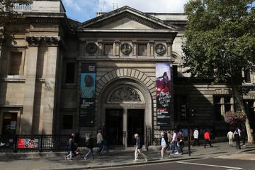 The National Portrait Gallery Lost Visitors, Though Not as Many as Feared