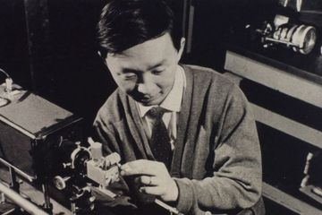Charles Kao, Nobel Laureate Who Revolutionized Fiber Optics, Dies at 84