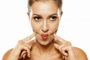 5 Wrinkle-Fighting Facial Exercises