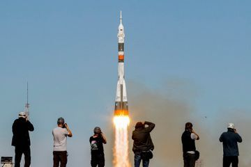 Rocket Fails, and American and Russian Astronauts Make Emergency Return