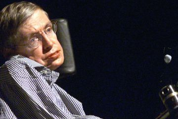 Stephen Hawking Auction: Bid on an Invitation to a 2009 Party You Might Not Be Late For