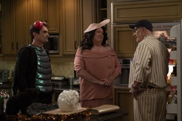 See Every Hilarious Costume From Modern Family's Halloween Episode