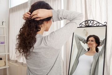 15 Ways Women Over 40 Are Hurting Their Hair