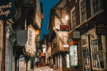 Exploring The Beautiful Ancient City Of York, England