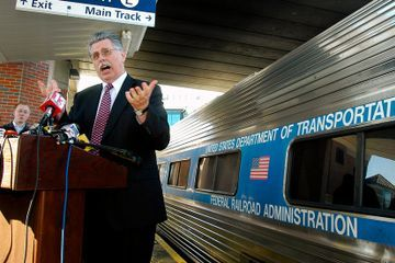 Joseph Boardman, Amtrak Chief During Record Growth, Dies at 70