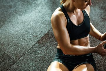 Get Your Strongest Core Ever by Adding These Ab-Strengthening Exercises Into Your Routine