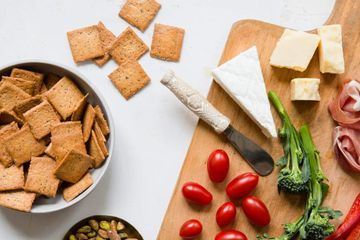 Low-Carb Crackers Are Here to Take Your Snacks to the Next Level