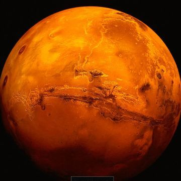 An Underground Lake Is Detected on Mars, Raising the Potential for Alien Life