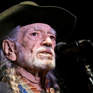 Recording Academy to honor Willie Nelson