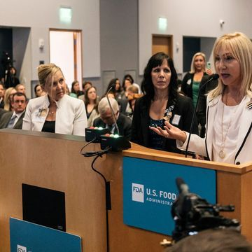 Women at Breast Implant Hearing Call for Disclosure of Safety Risks