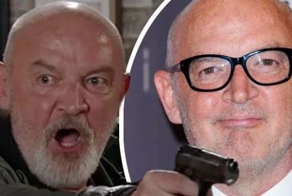 Pat Phelan actor Connor McIntyre thanks Coronation Street fans as the villain finally dies amid brutal stabbing scene