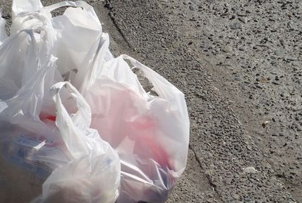 UK plastic bag sales drop 86%