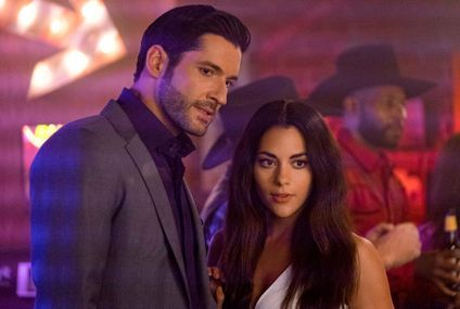 'Lucifer' star Tom Ellis is 'delighted' to be back, baring more butt