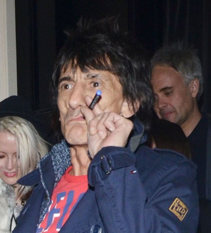 Ronnie Wood from the Rolling Stones vaping.