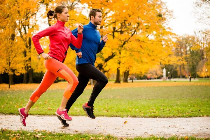 fall-exercise-weight-loss-couple-running-1024x683.jpg