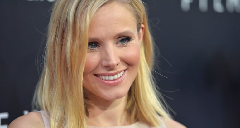 A Bunch of Pictures of Kristen Bell Living Her Sexiest (and Somehow Still Relatable) Life