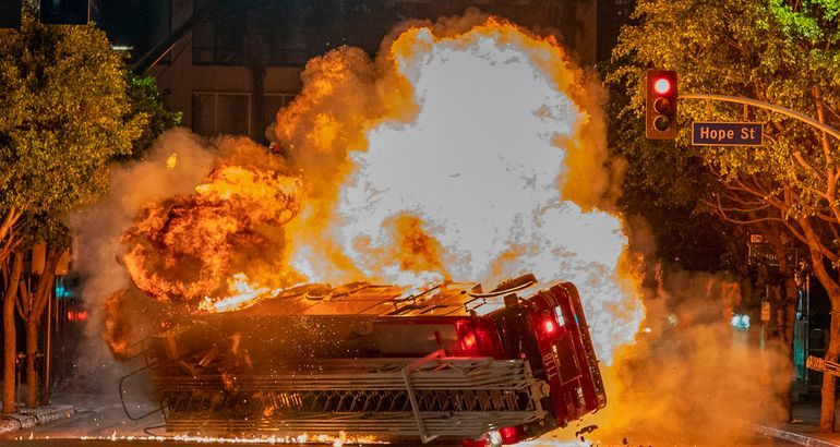 How Fox's '9-1-1' filmed a fiery explosion for its season finale
